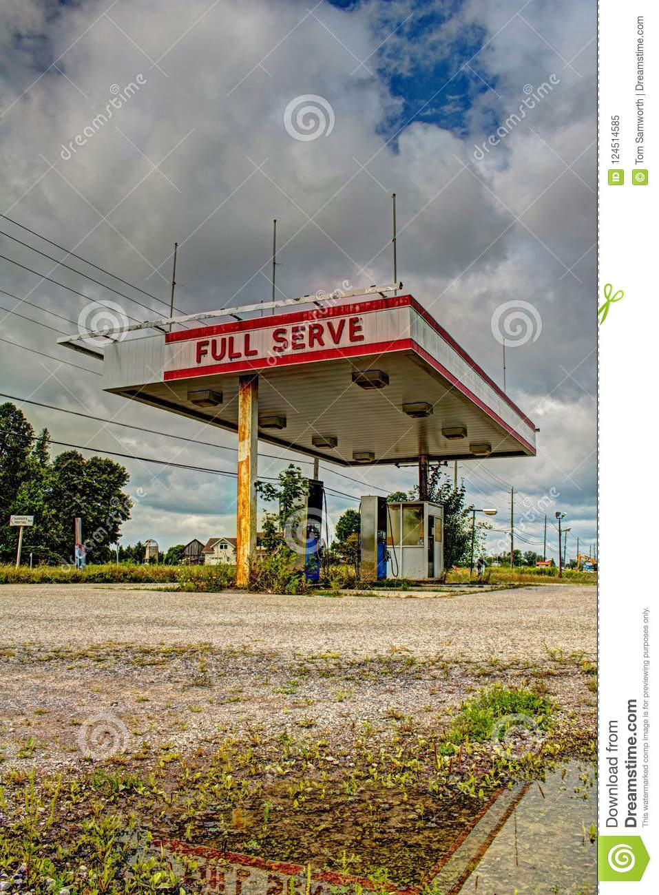 Abandoned Filling Station In Ontario Canada Stock Image Image Of Urban Highway 124514585