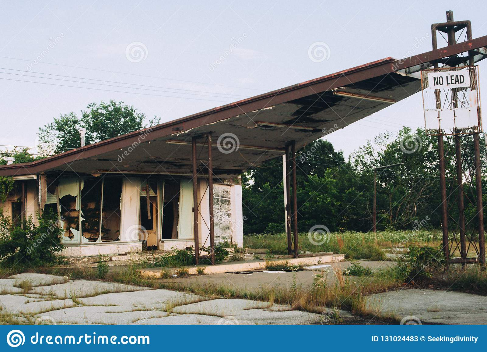 Abandoned Gas Station With Broken Windows Stock Image Image Of Neglect Destruction 131024483