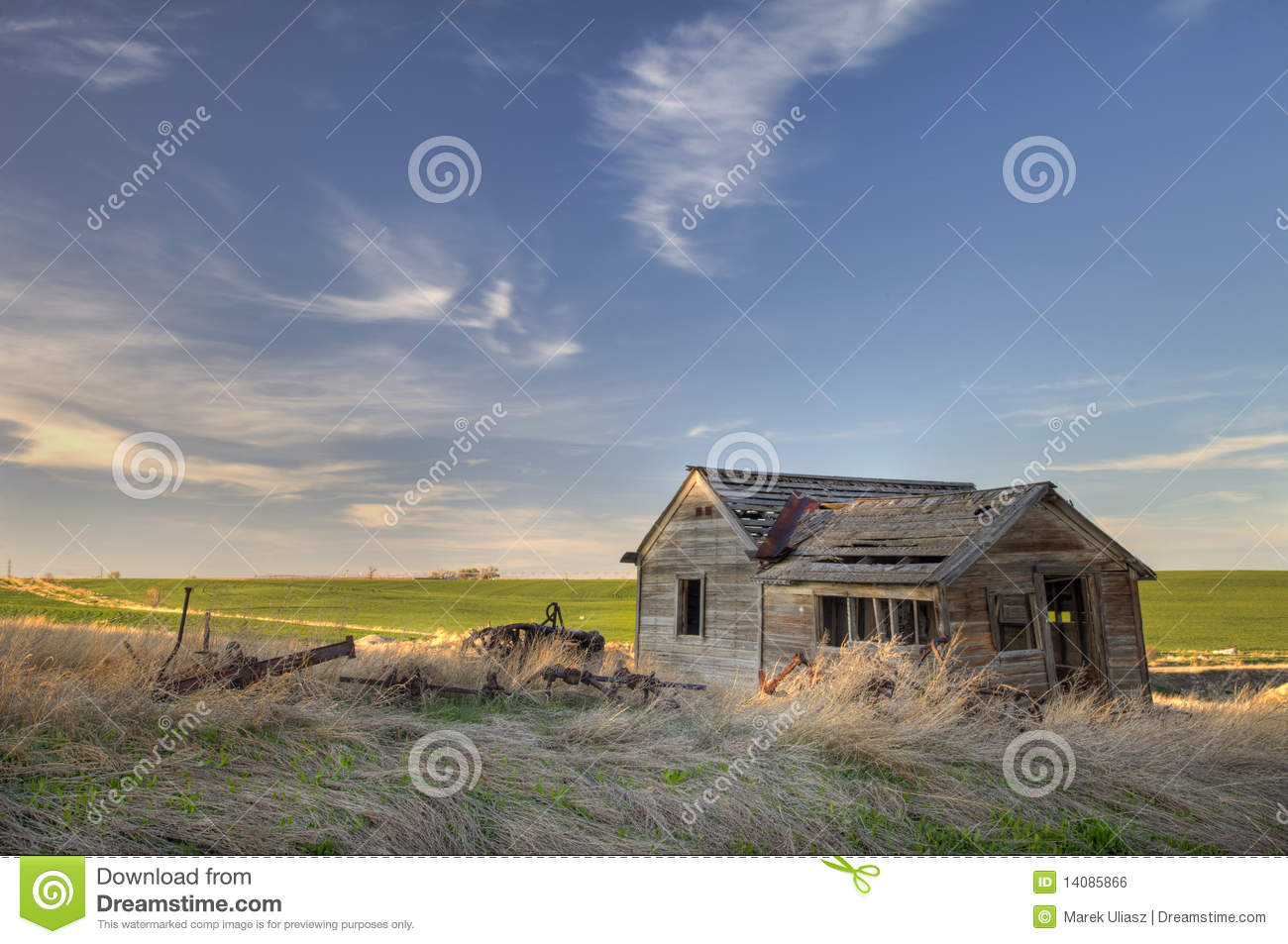 Abandoned homestead on prairie royalty free stock image for Free homestead