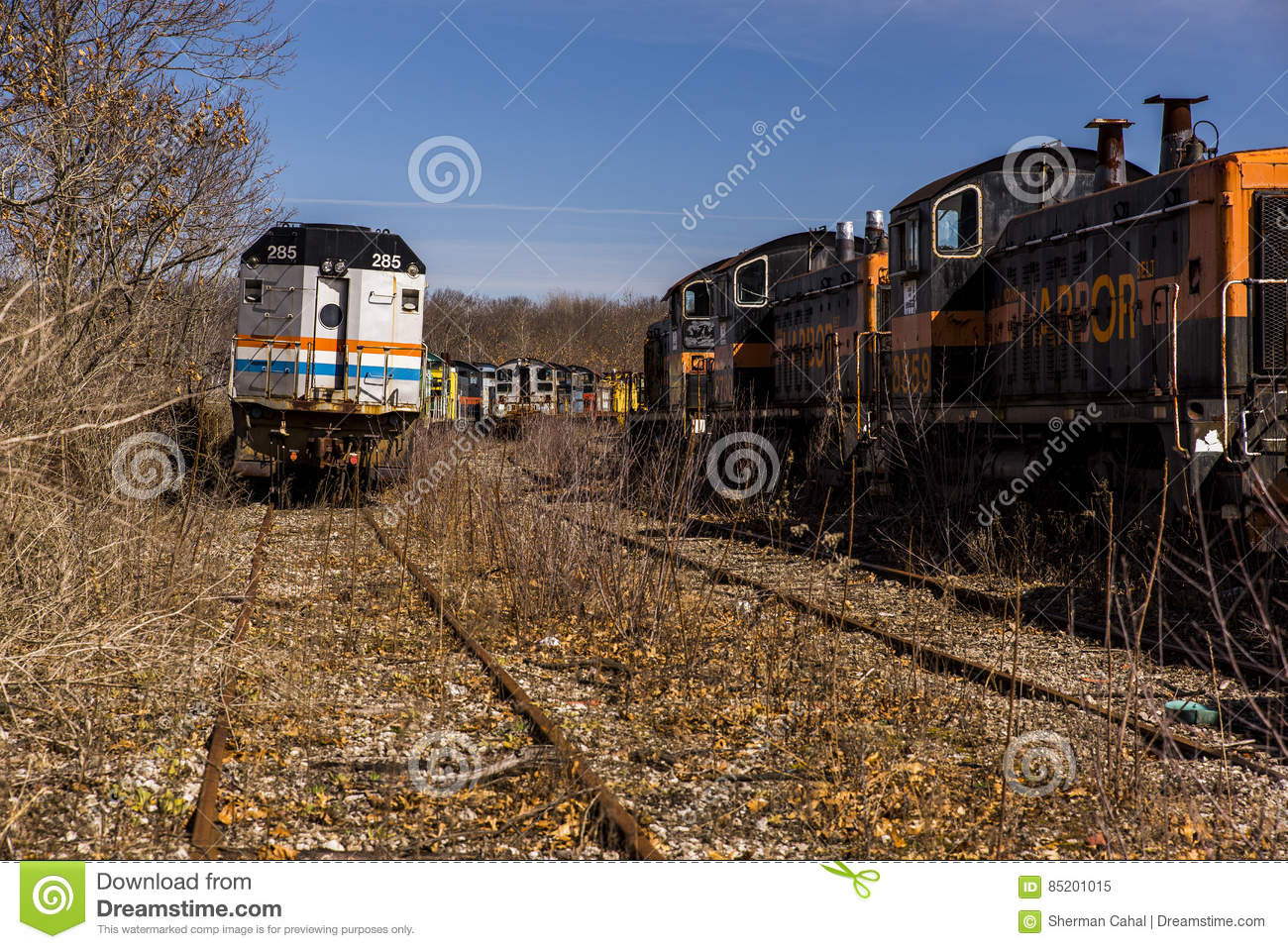 Abandoned Locomotive - Train - Ohio Editorial Image - Image of