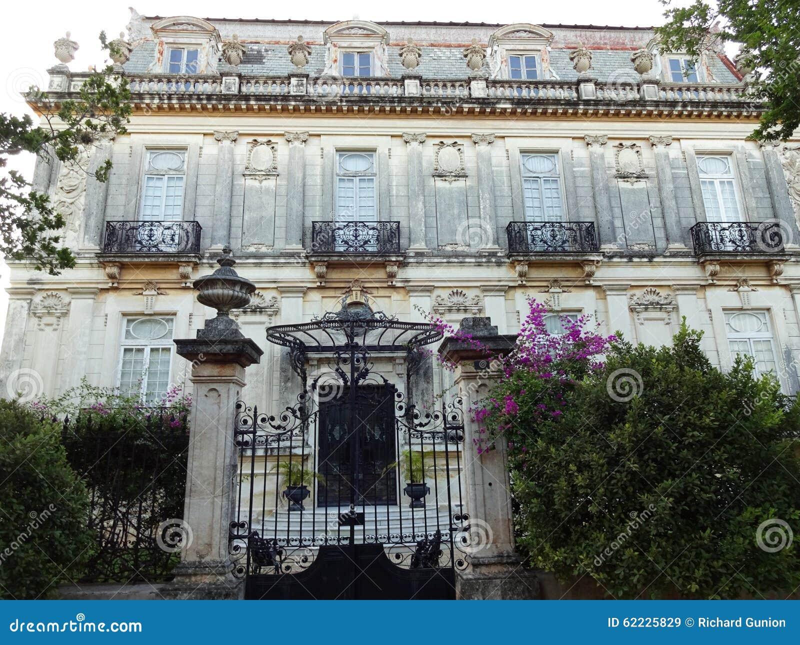 Abandoned Mansion In Merida Yucatan Stock Image Image Of Mansion Montejo 62225829