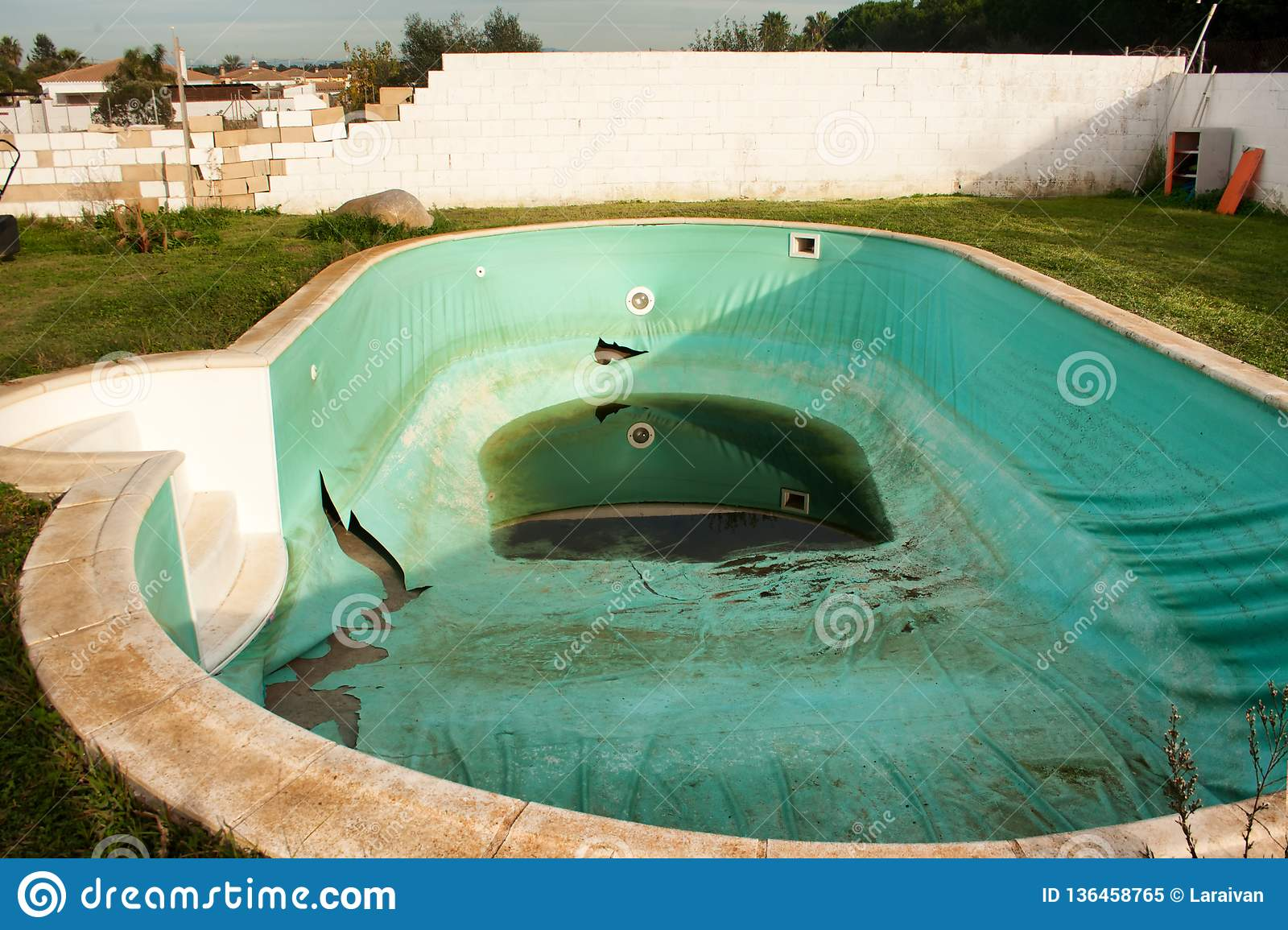 Abandoned Pool In A Private House Stock Image Image Of Drought Blue 136458765