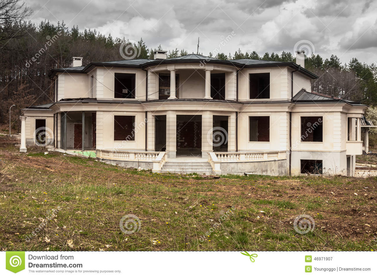 Abandoned Unfinished Big Modern House Stock Photo Image