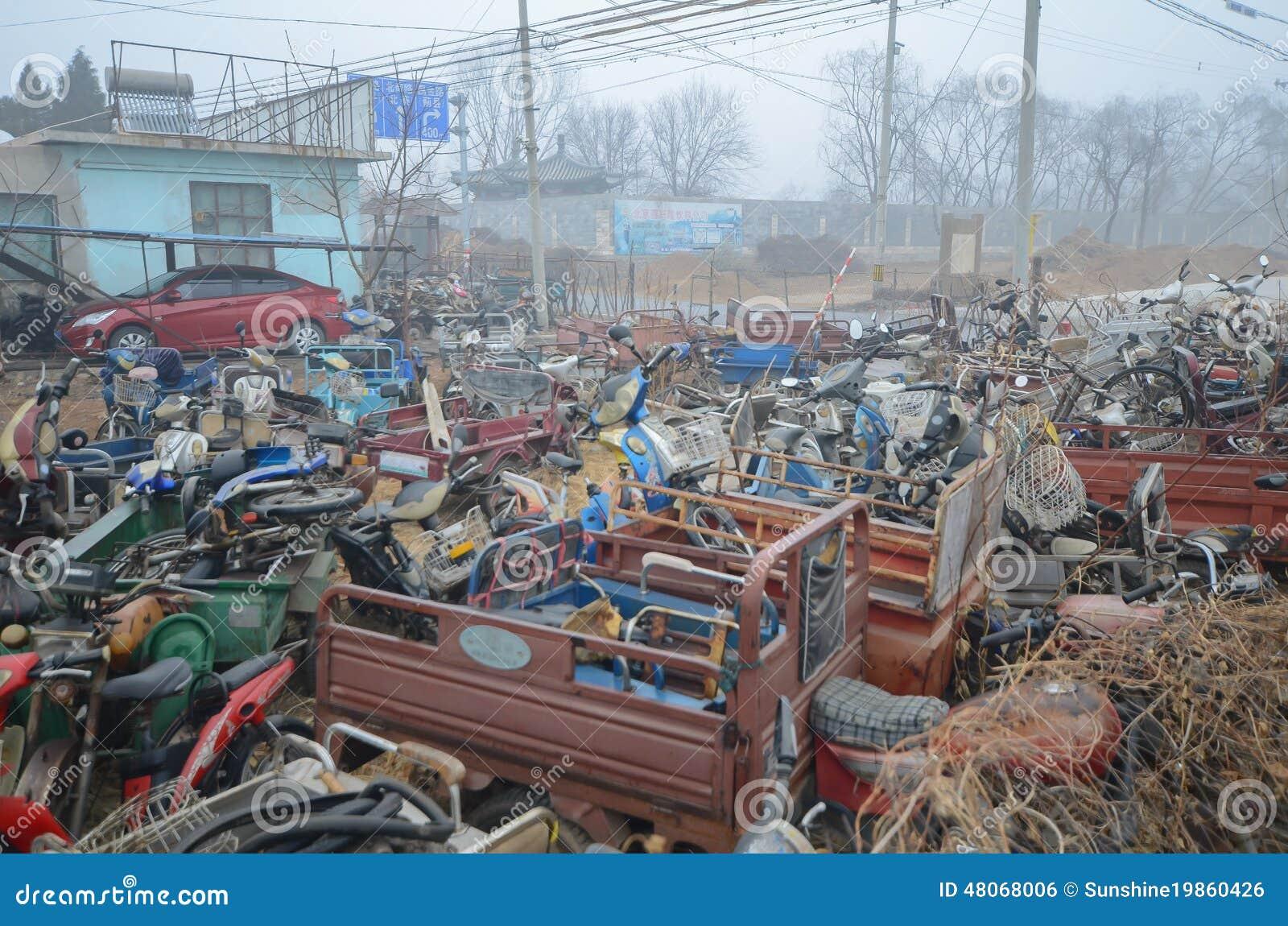 Download Abandoned vehicles stock photo. Image of front, damage - 48068006