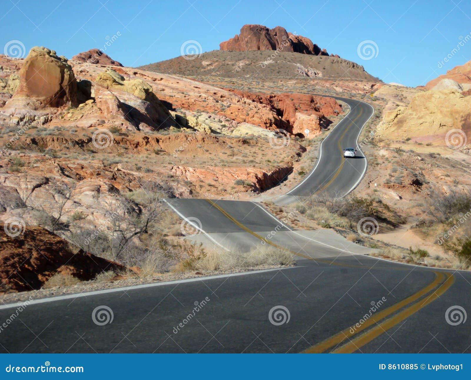 Abandonnez la route deux de voie tissant