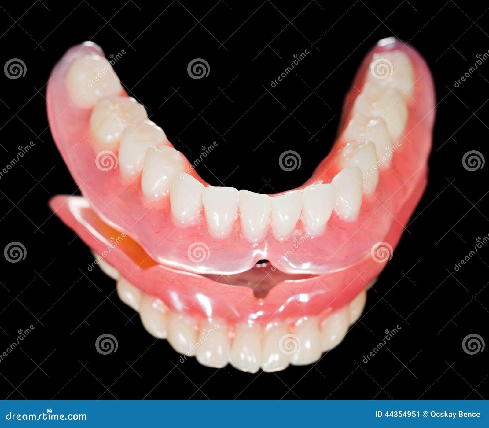 Abbassi la protesi dentaria