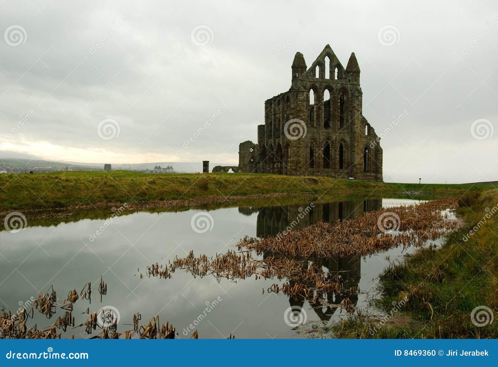 Abbeyen fördärvar whitby