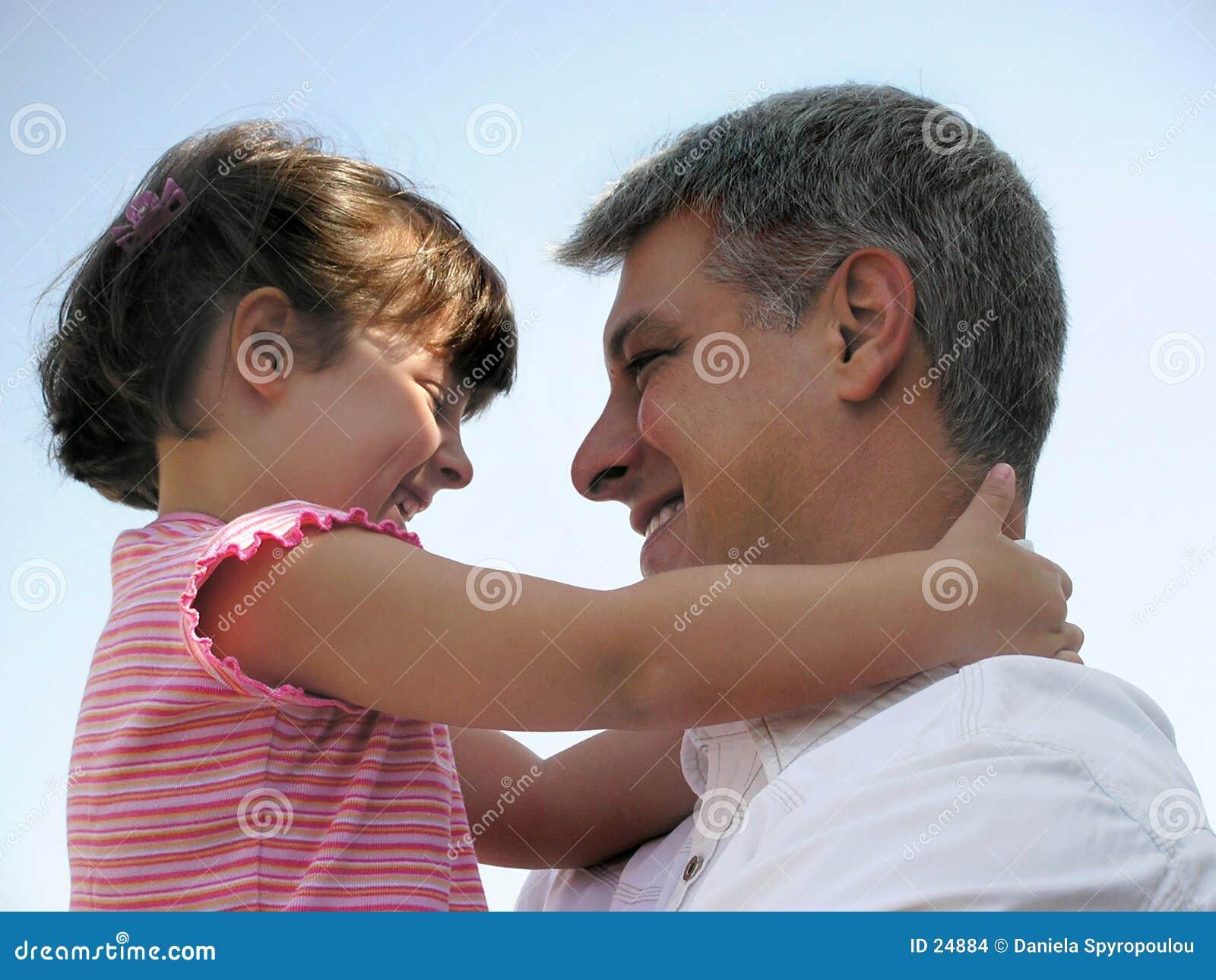 Download Abbraccio grande fotografia stock. Immagine di impressionabile - 24884