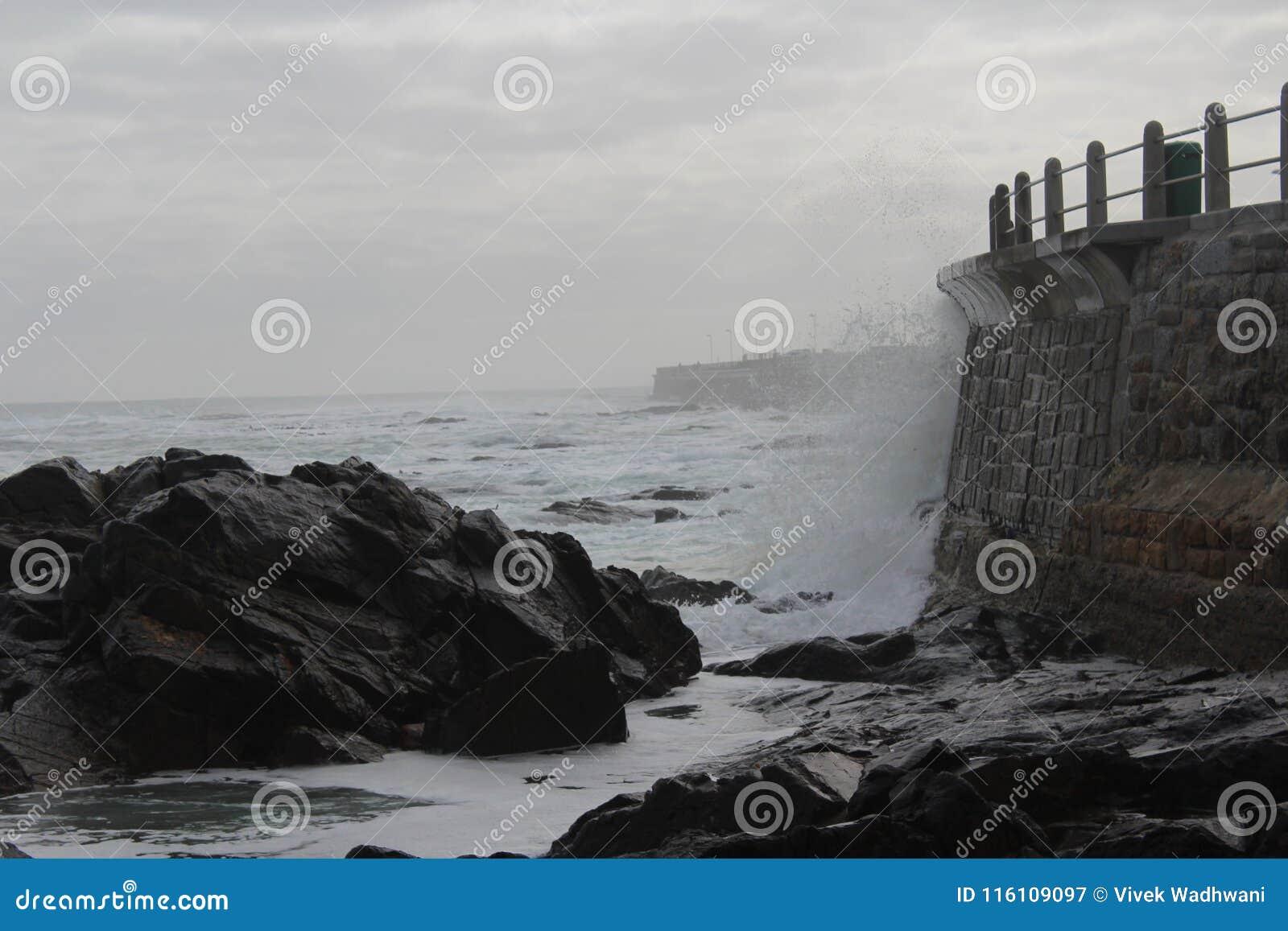 Abbrechende Wellen