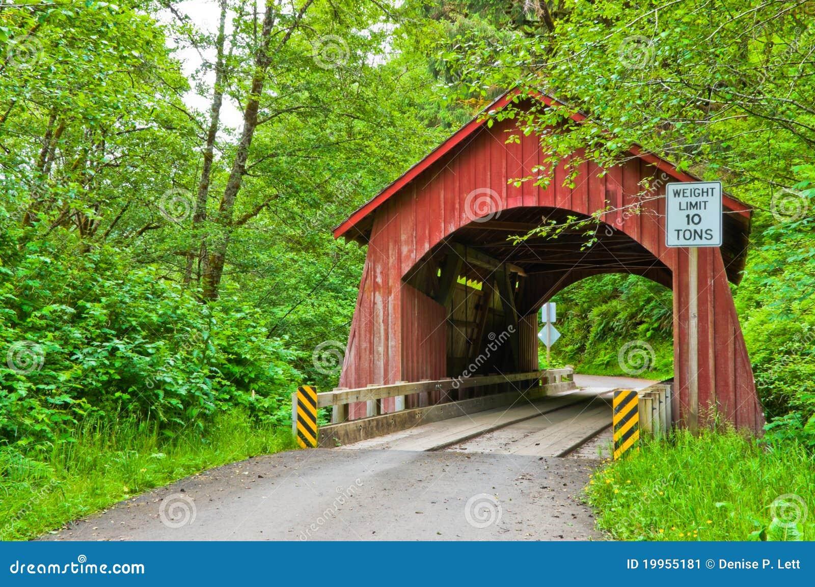 Abgedeckte Brücke