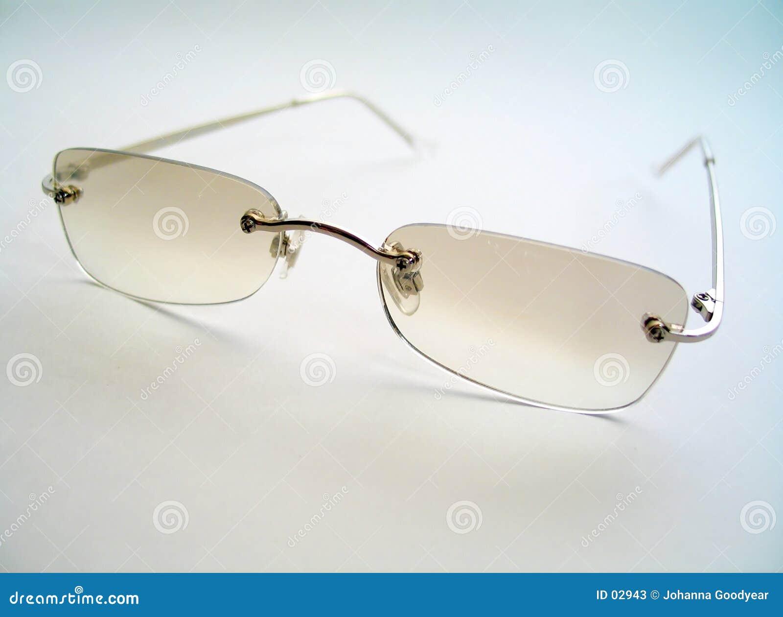 Abgetönte Sonnenbrillen
