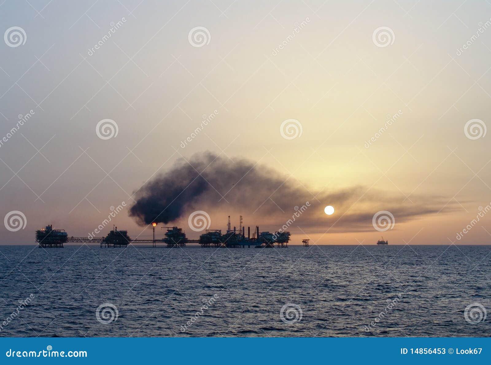 Abo Al Bukhoosh oil complex