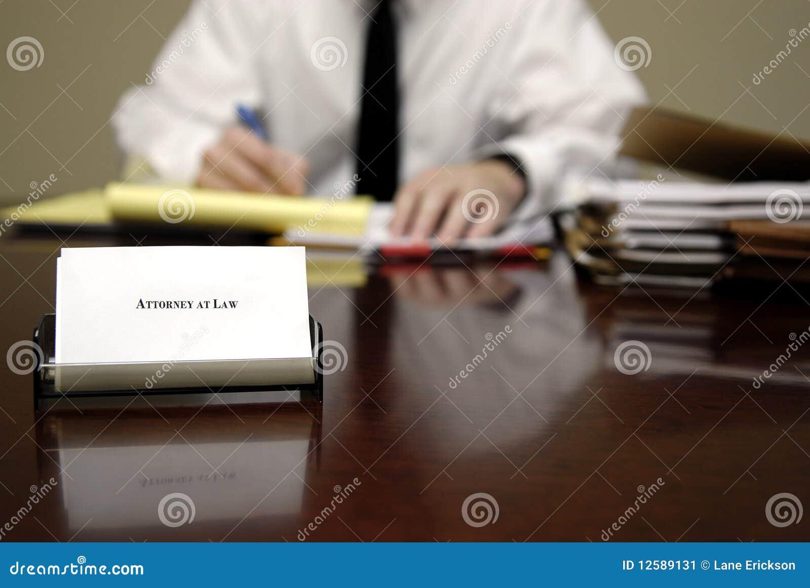Abogado en el escritorio imagen de archivo imagen 12589131 for Escritorio de abogado