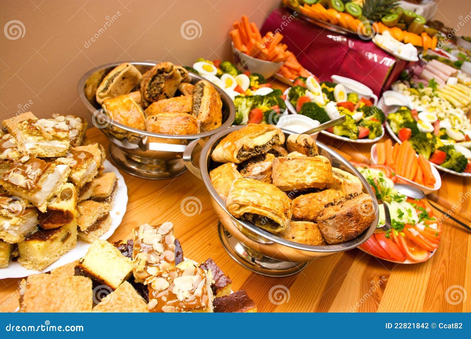 Abondance De Nourriture Photographie Stock Image 22821842