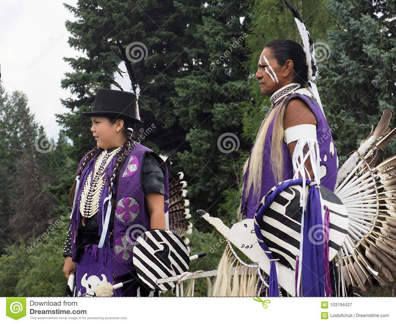 Aboriginal People In Traditional Dress Editorial Photography