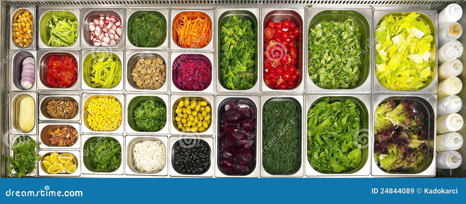 Abra a barra de salada do bufete
