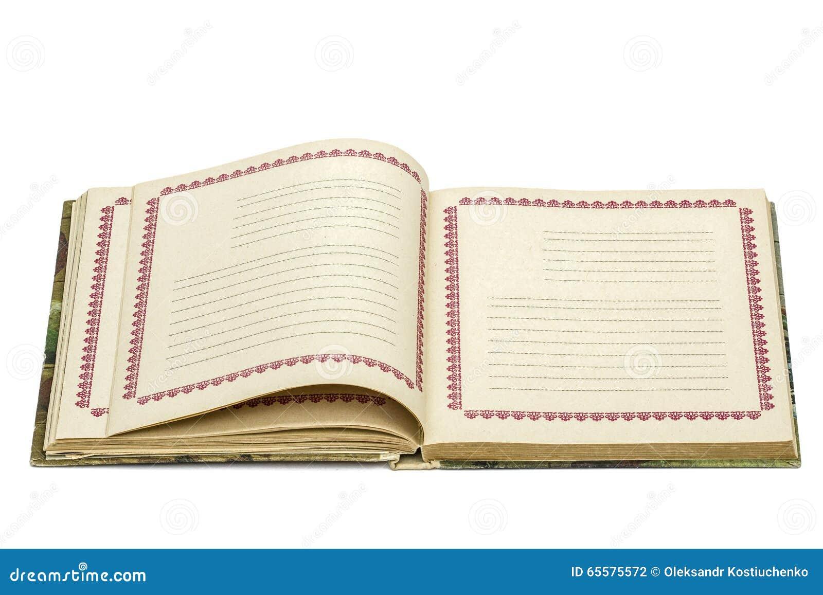 Abra o caderno velho, isolado no fundo branco