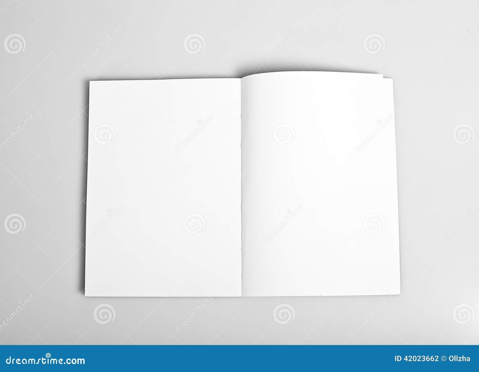 Abra o compartimento com páginas em branco
