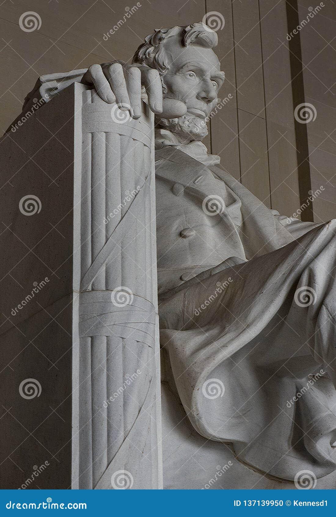 Abraham Lincoln-standbeeld in Lincoln Memorial in Washington DC de Verenigde Staten van Amerika