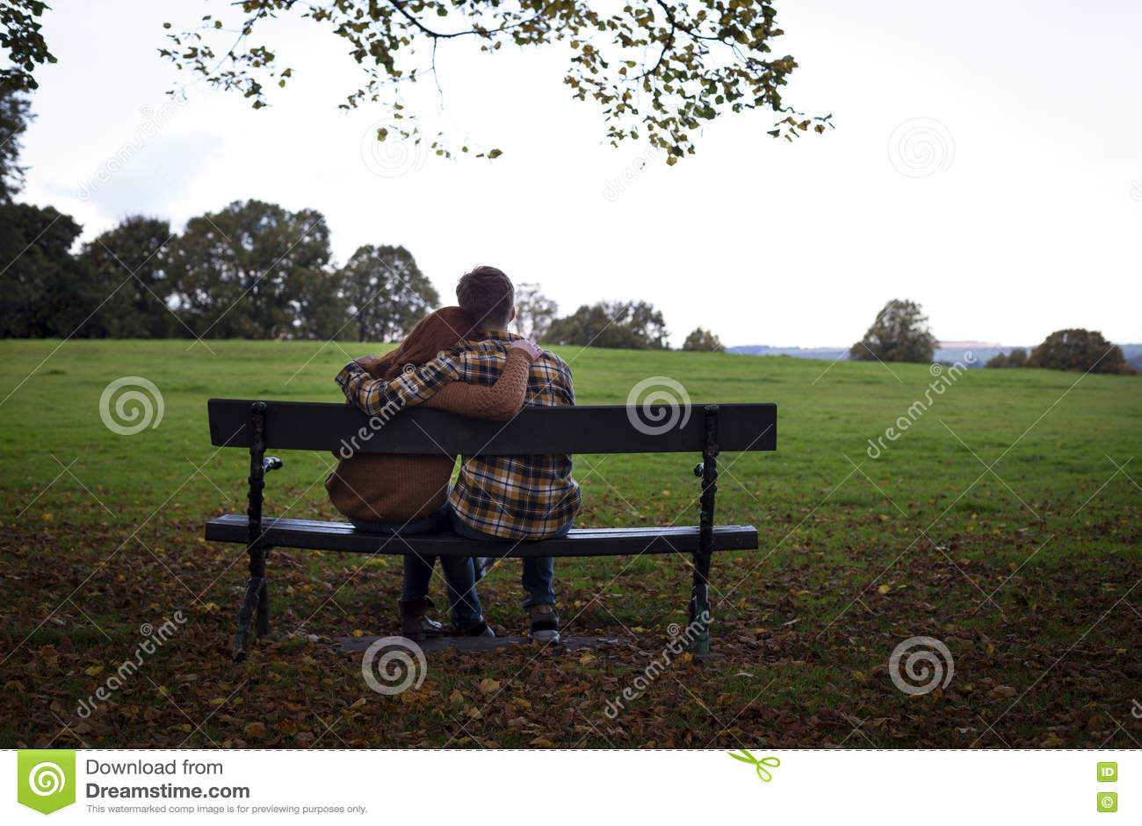 Abrazo en el parque