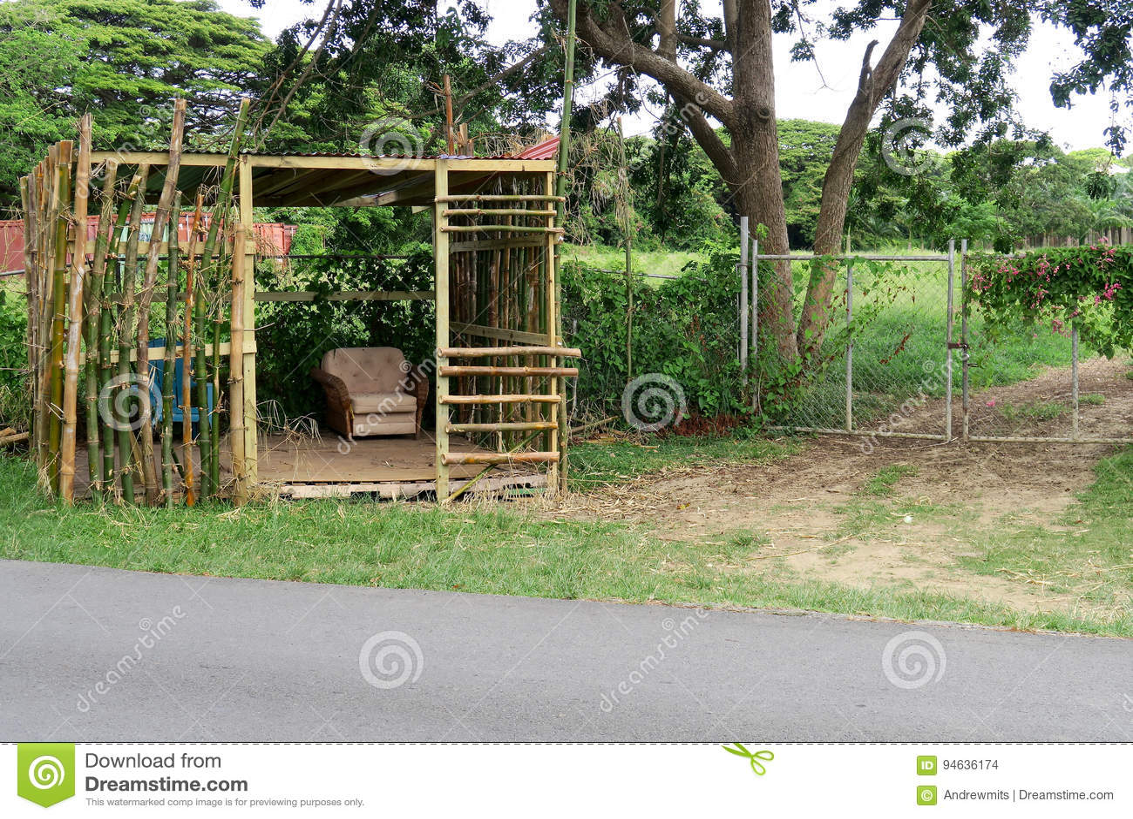 Abri En Bambou ~ Myfrdesign.co