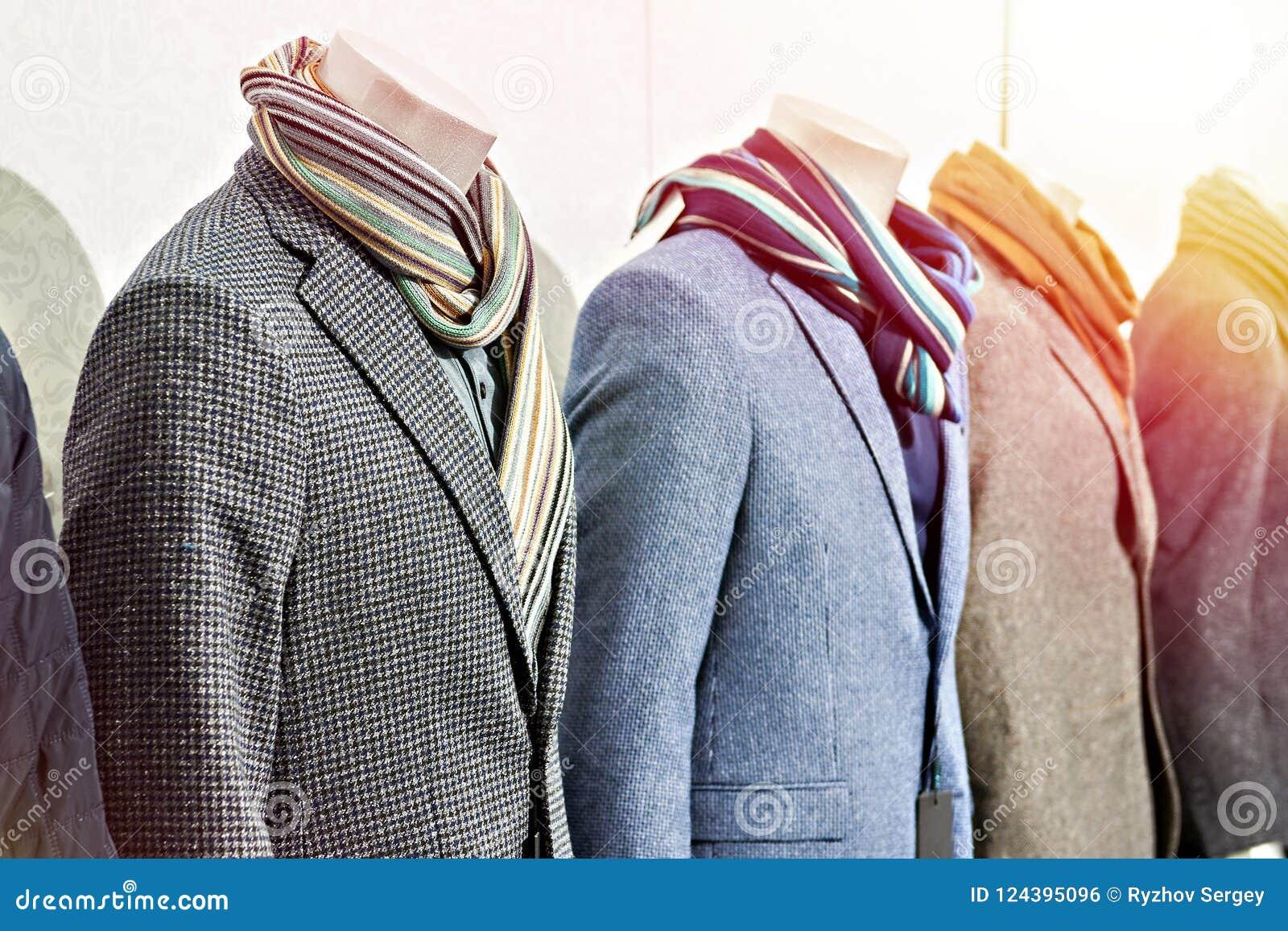 Boutique en ligne 108a4 b5865 Abrigos Deportivos Para Hombre Del Tweed Con Las Bufandas En ...