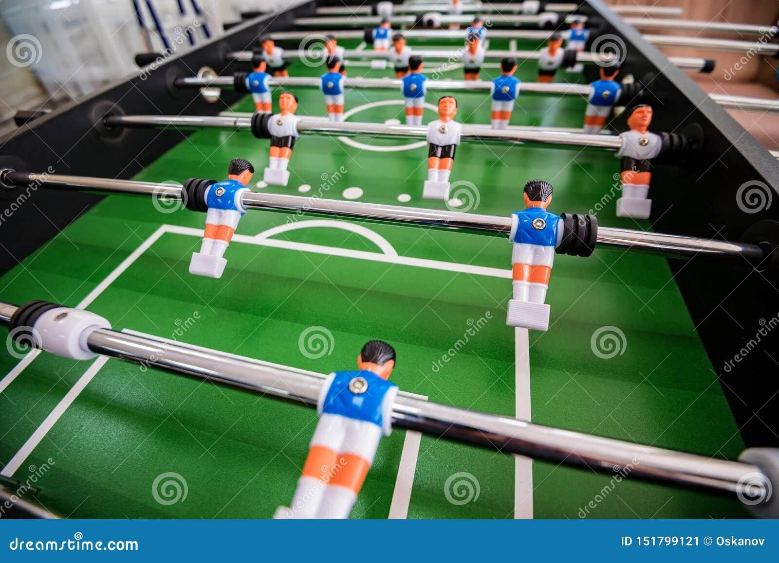Abschluss herauf Plastiktischfußballspiel in Unterhaltungszentrum