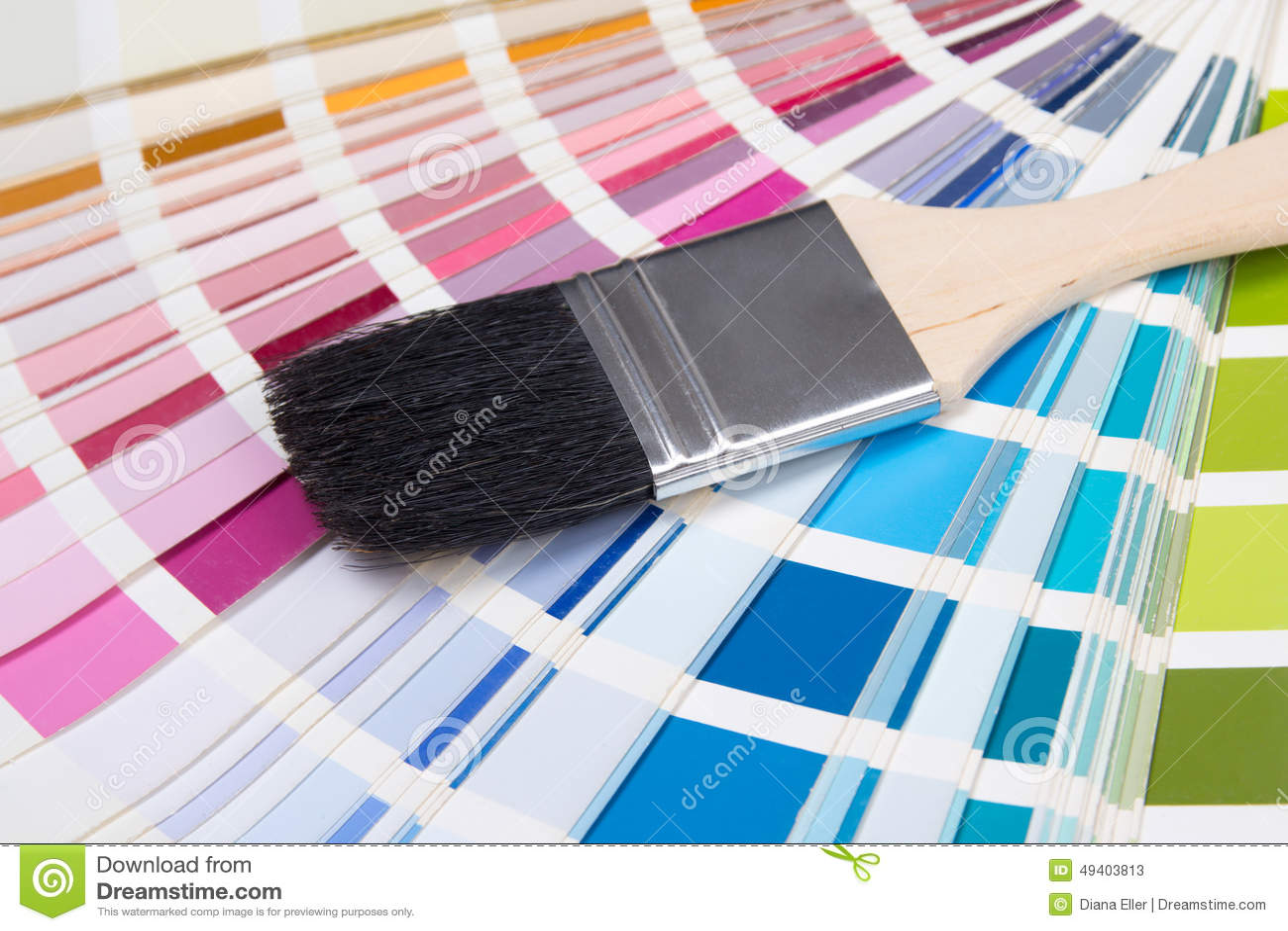 Download Abschluss Oben Der Bürste Des Malers über Bunter Palette Stockbild - Bild von architektur, farben: 49403813
