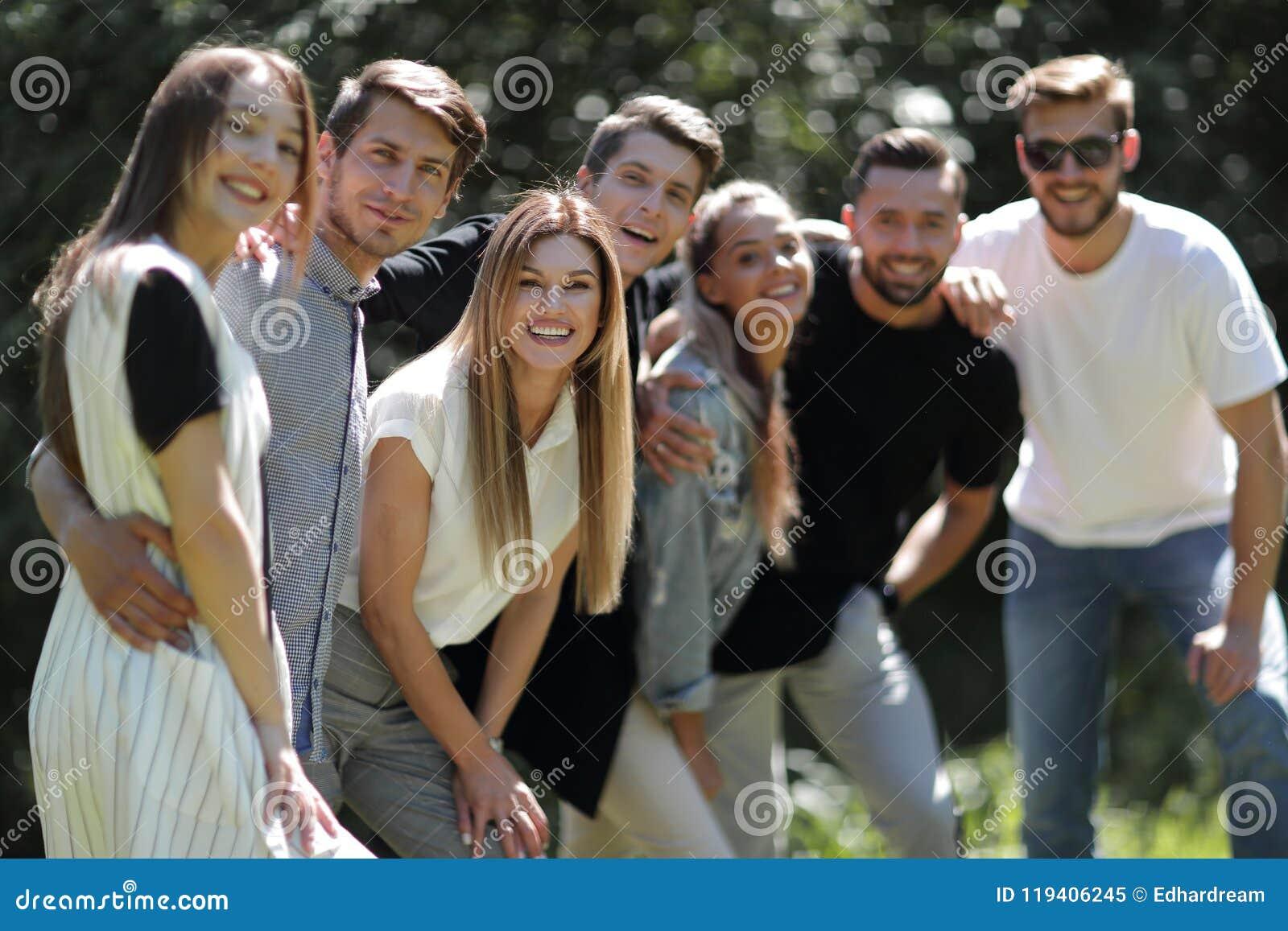 Abschluss oben Gruppe Freunde
