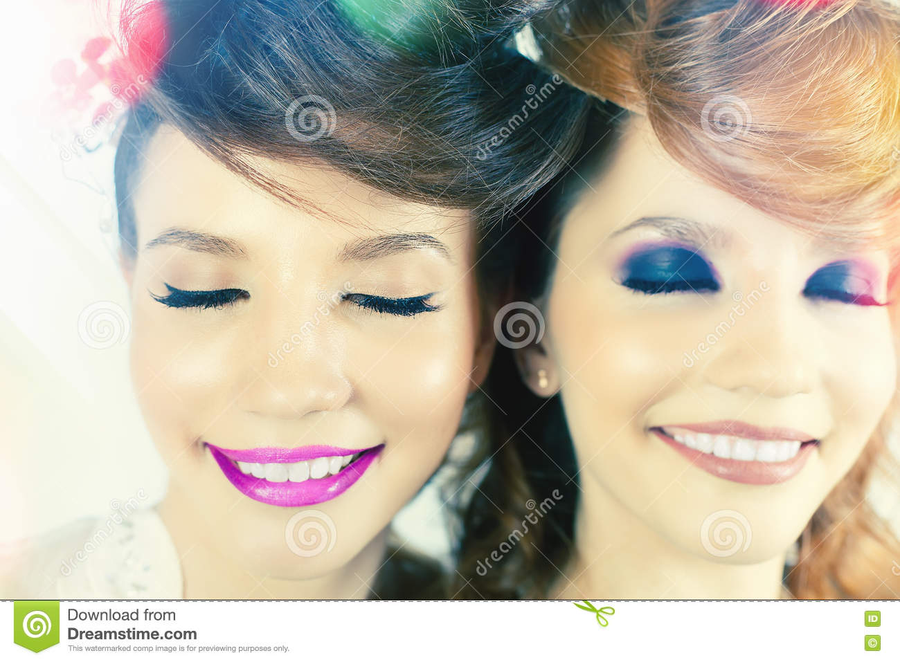Absolutely Gorgeous Twins Girls with Fashion Make-up