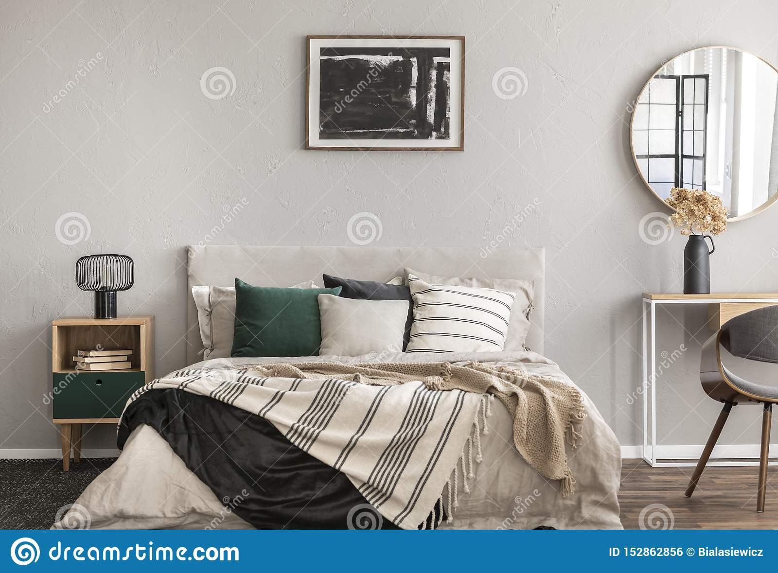 6 406 Black Wall Bedroom Photos Free Royalty Free Stock Photos From Dreamstime