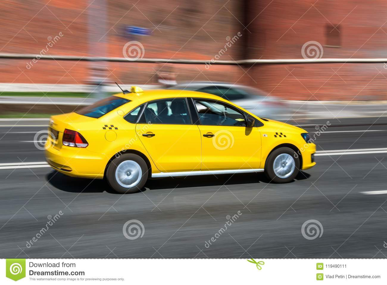 separation shoes 8c77e 75236 Yellow taxi cab speeding stock image. Image of brooklyn ...