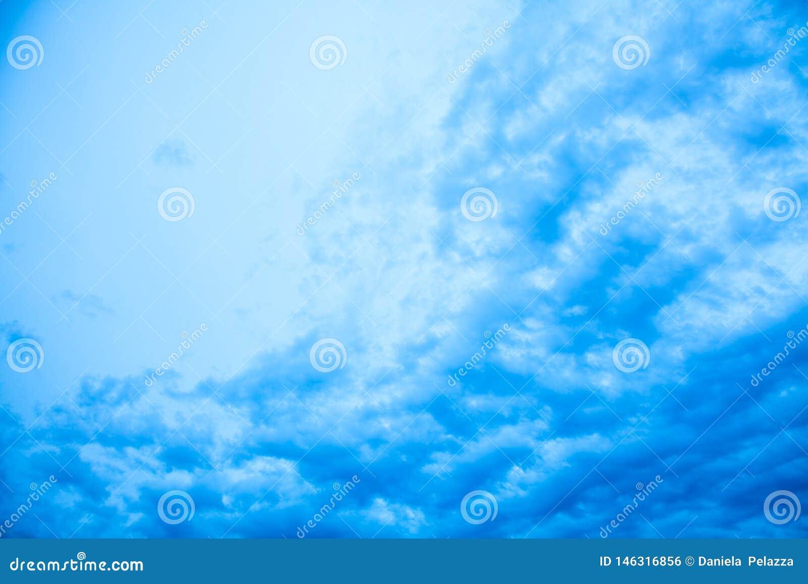 Abstracte blauwe horizontale achtergrond