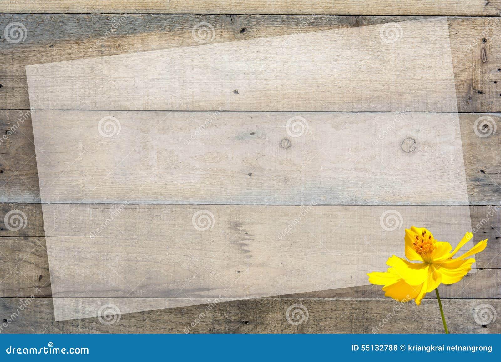 Abstracte bloem op houten achtergrond