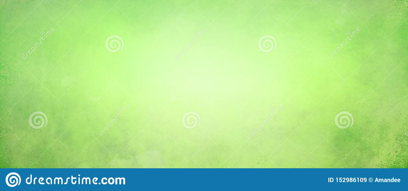 Abstracte geelgroene achtergrond met zacht helder centrum die met donkergroene grens met oude uitstekende grungetextuur gloeien