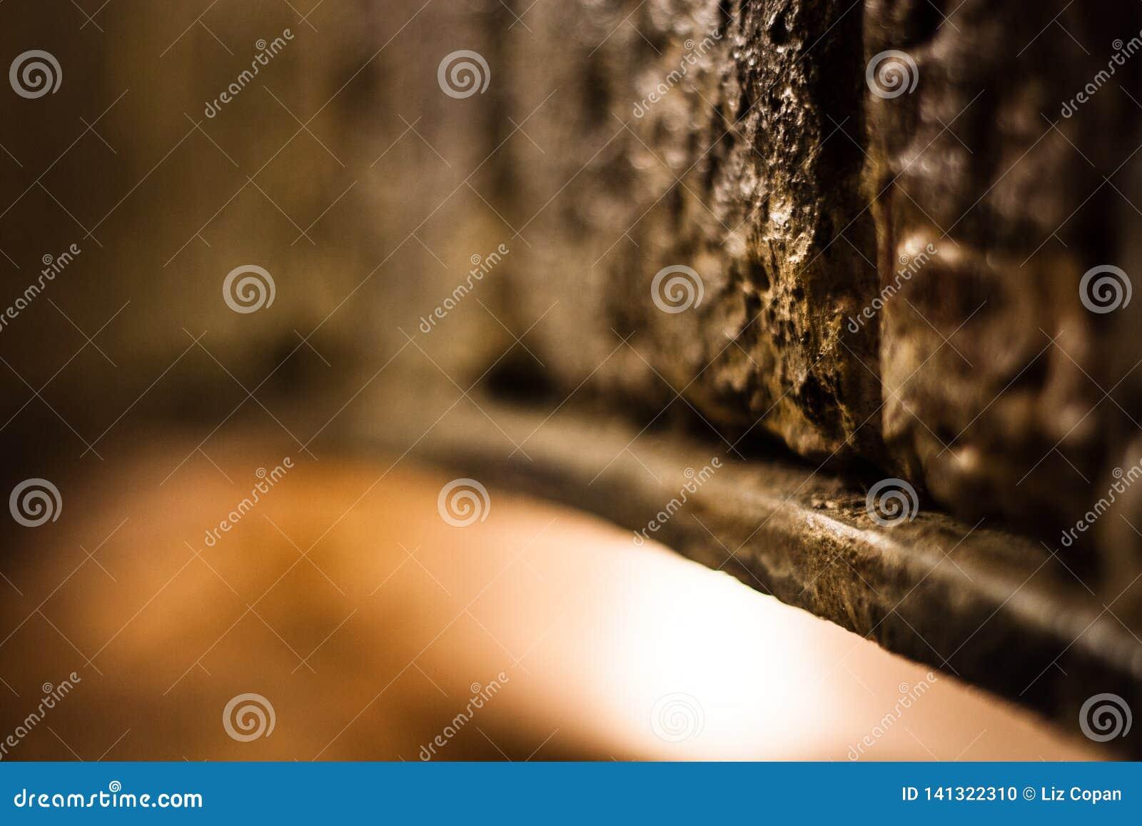 Abstracte Steenboog - Warme Kleuren