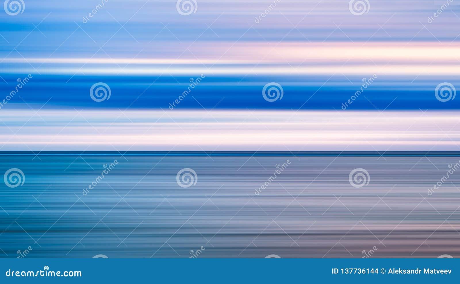 Abstrakcjonistycznej sztuki tło błękitny morze i chmurny wschód słońca zmierzchu niebo nad nim Ruch plamy niebo z, woda morska i