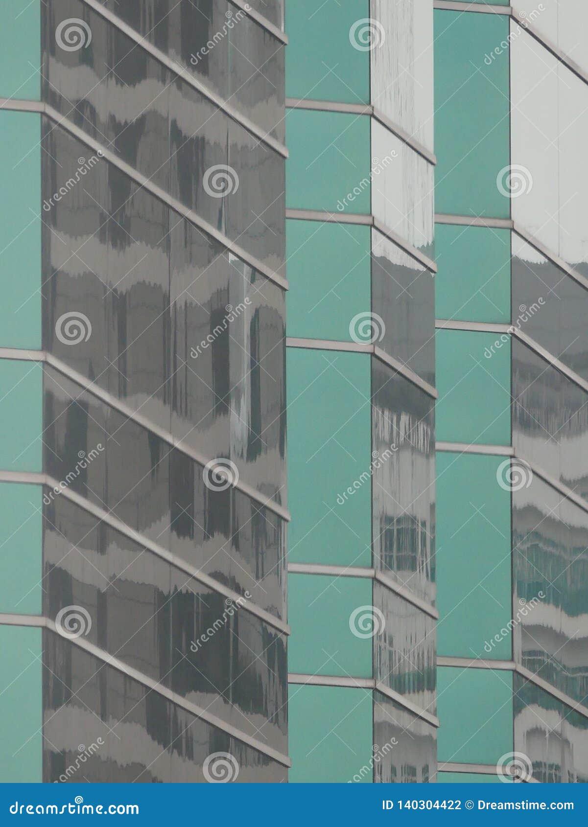 Abstrakcjonistyczni odbicia budynki