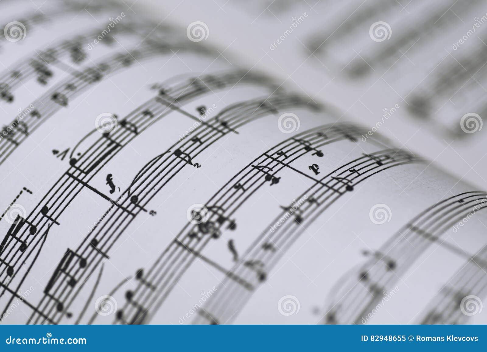 Abstrakcjonistyczny widok muzyka