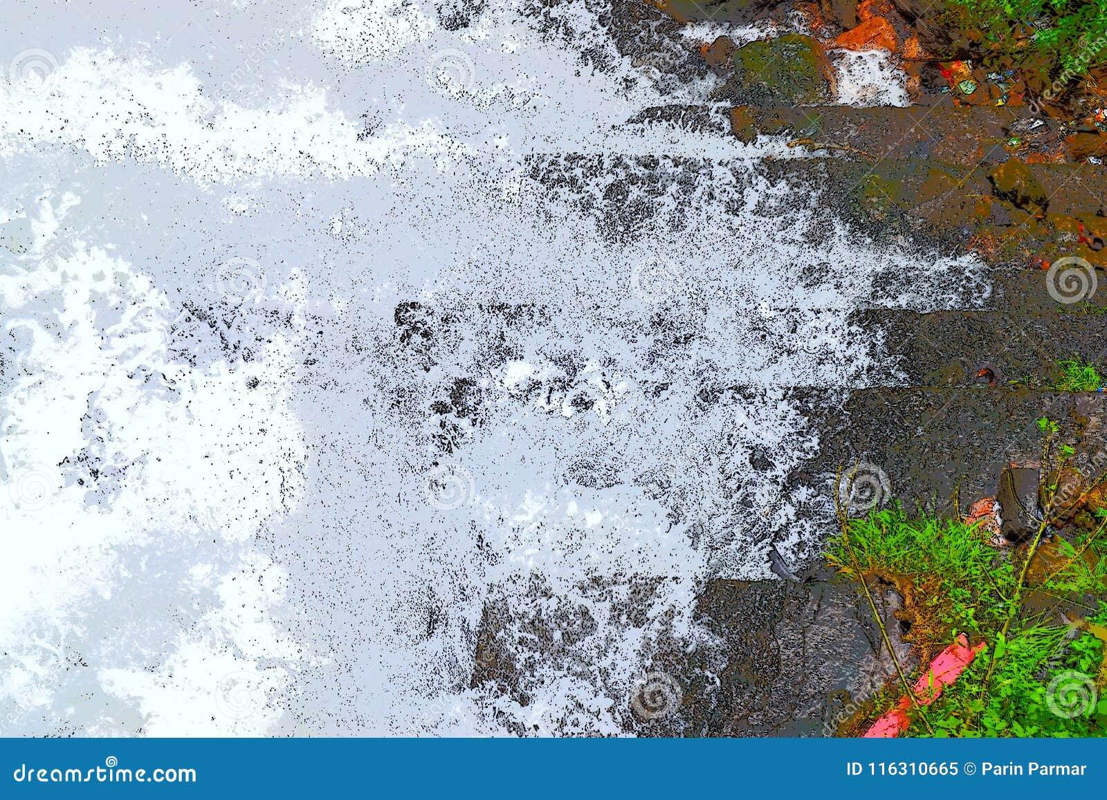 Abstrakt bakgrund - stänk av vitt skummande vatten mot skuggor av gräsplan och grå färger