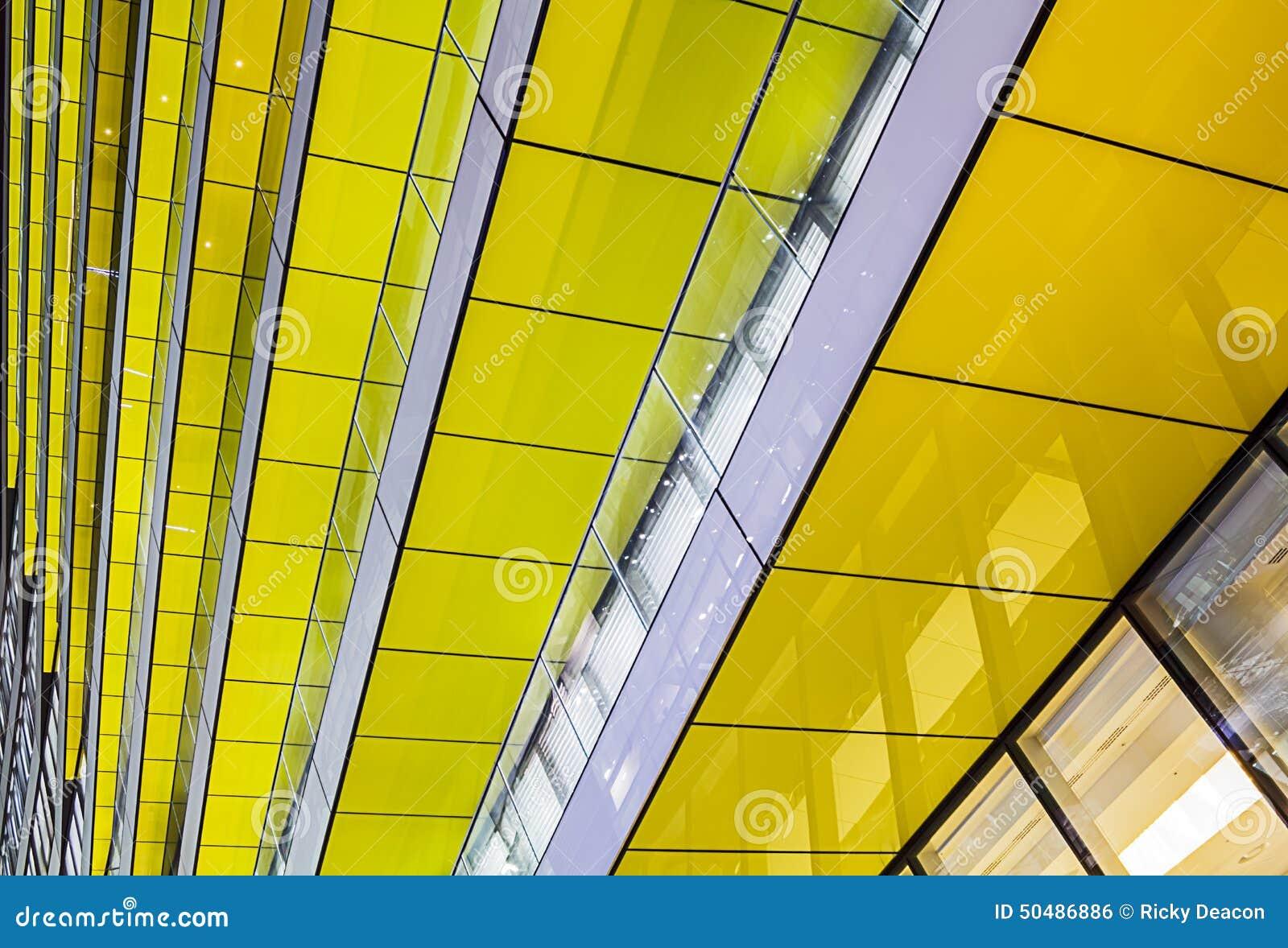 Abstrakt gul arkitektur