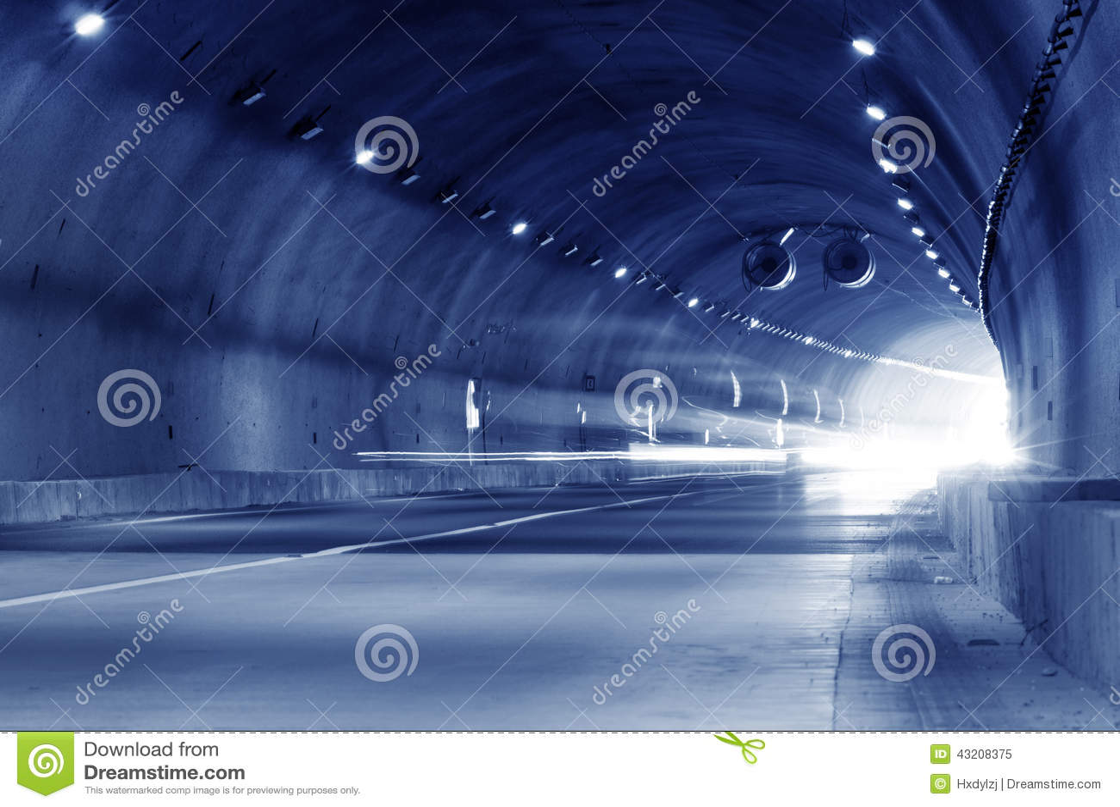 Download Abstrakt Hastighetsrörelse I Stads- Huvudvägvägtunnel Fotografering för Bildbyråer - Bild av blurriness, framåt: 43208375