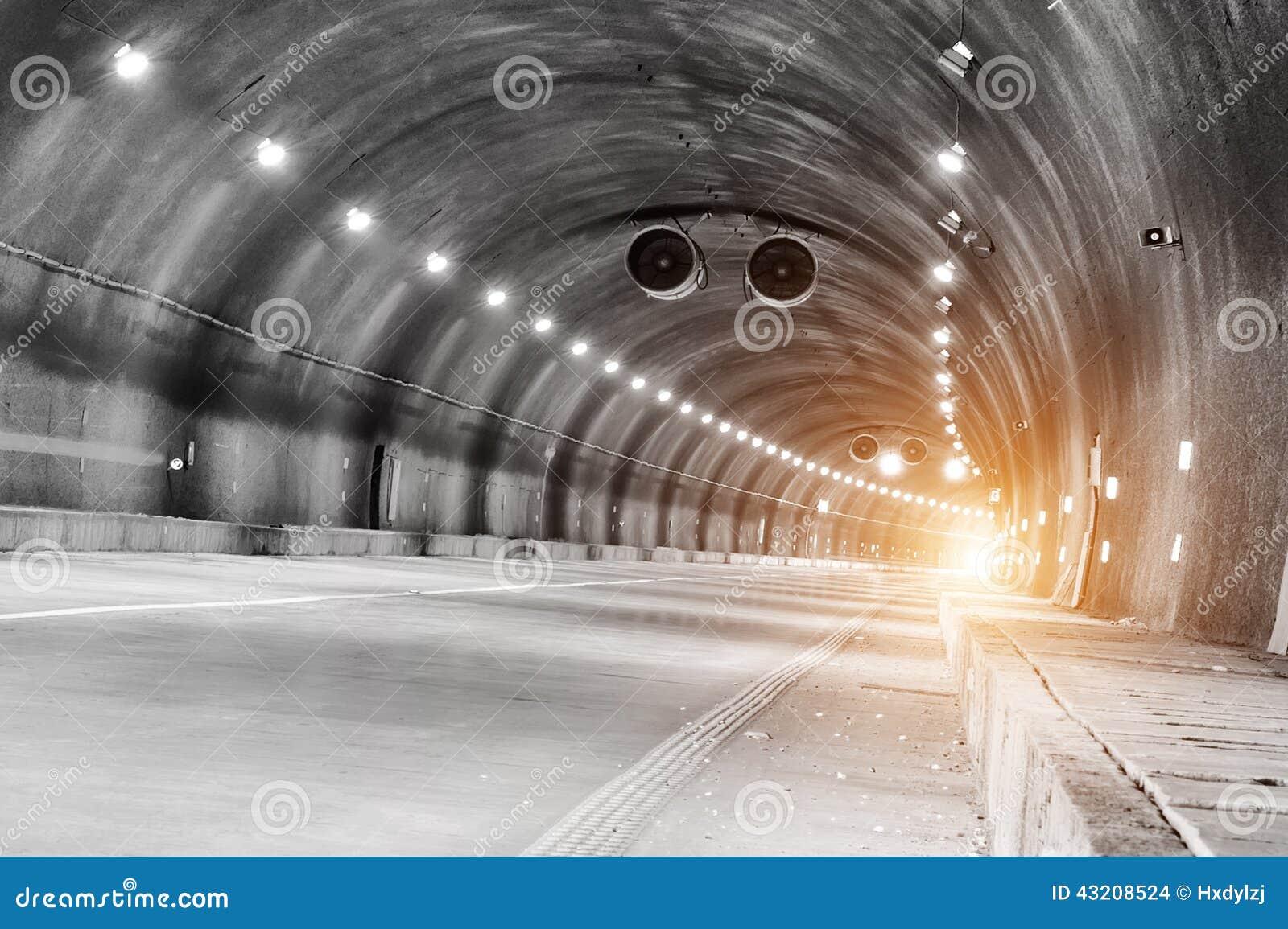 Download Abstrakt Hastighetsrörelse I Stads- Huvudvägvägtunnel Arkivfoto - Bild av rörelse, modernt: 43208524