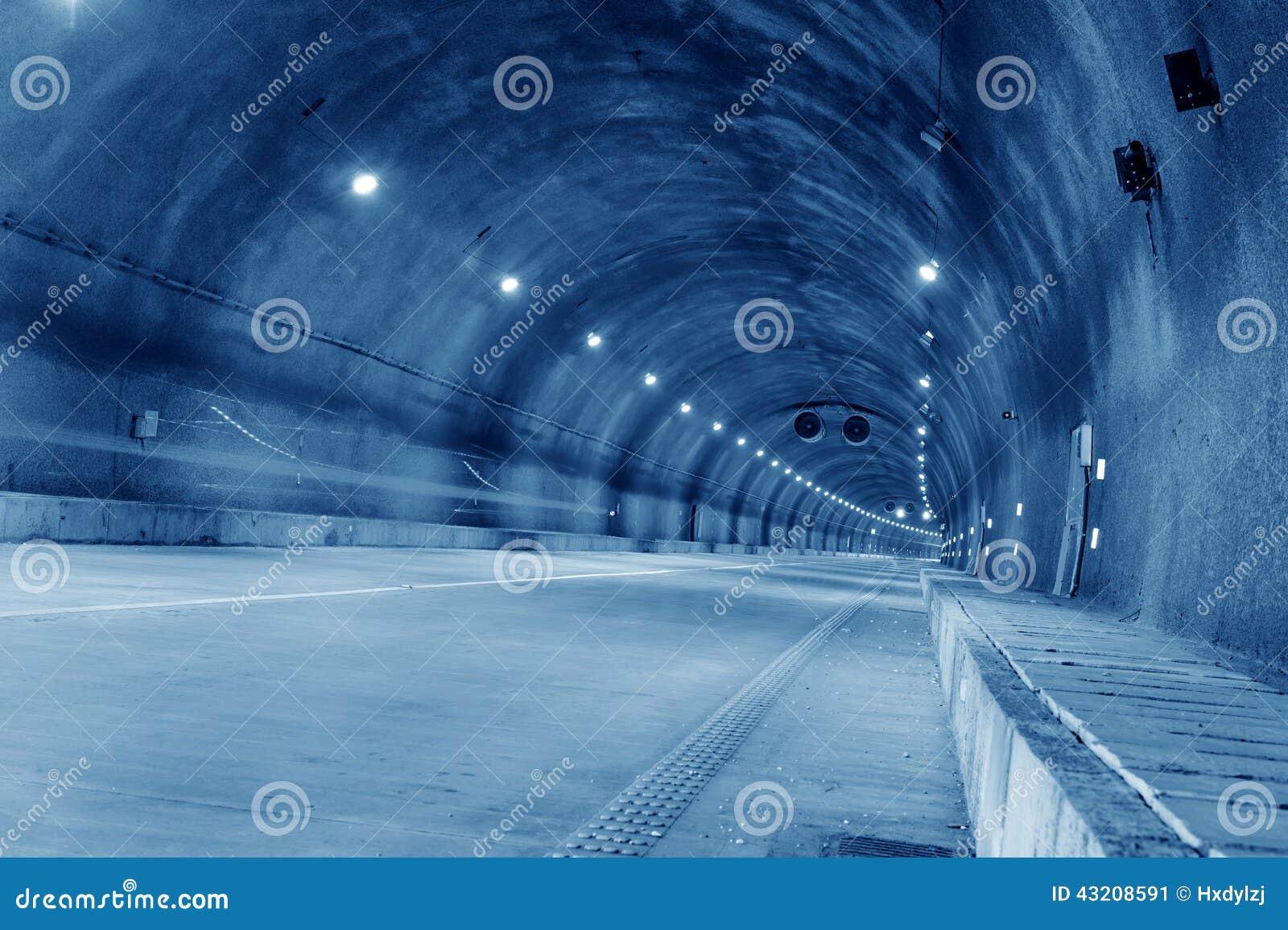 Download Abstrakt Hastighetsrörelse I Stads- Huvudvägvägtunnel Fotografering för Bildbyråer - Bild av grått, kommunikation: 43208591