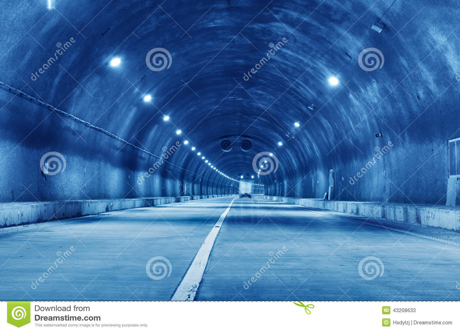 Download Abstrakt Hastighetsrörelse I Stads- Huvudvägvägtunnel Fotografering för Bildbyråer - Bild av pendlingssträcka, blurriness: 43208633