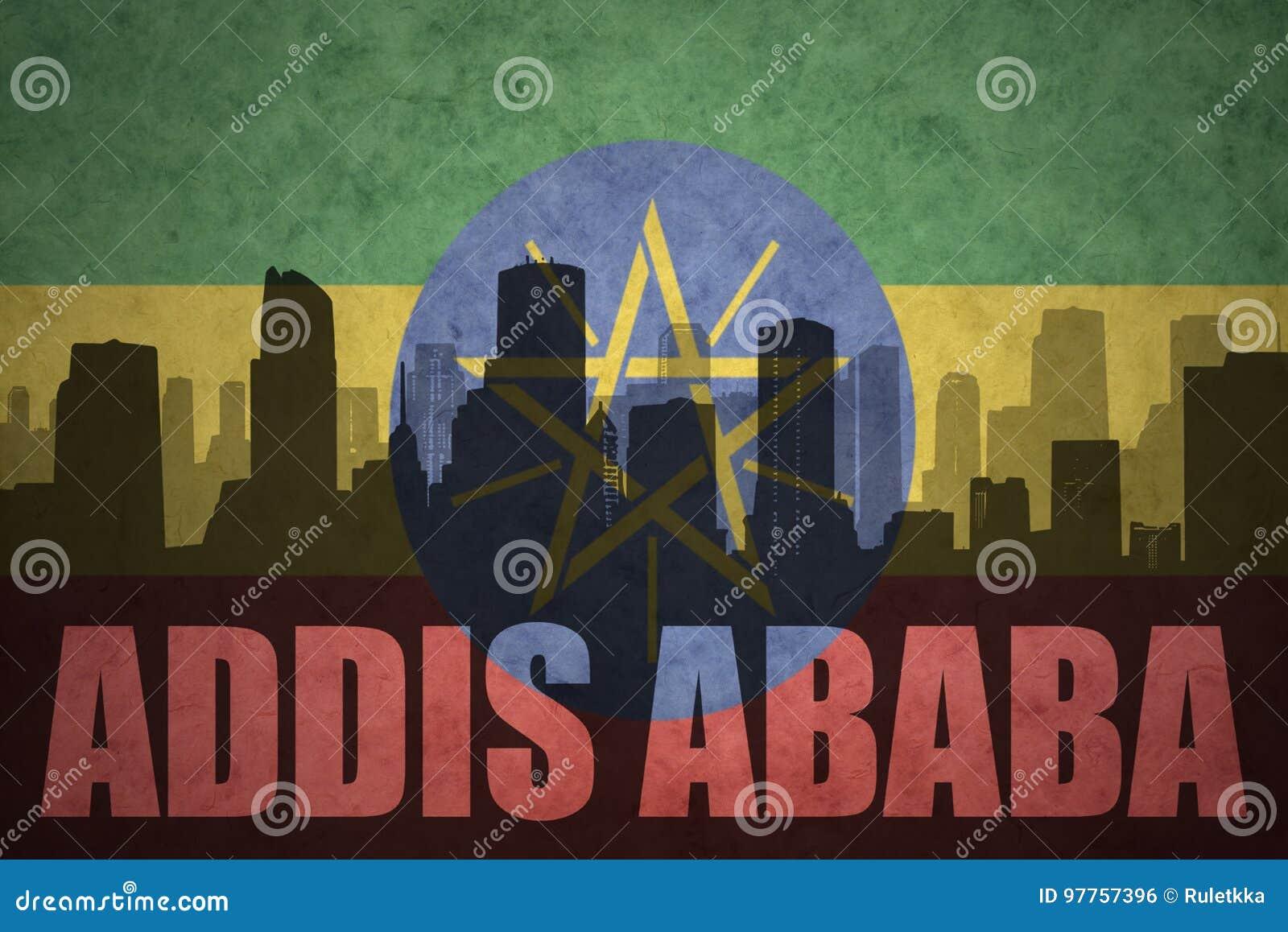 Abstrakt kontur av staden med text Addis Ababa på den ethiopian flaggan för tappning