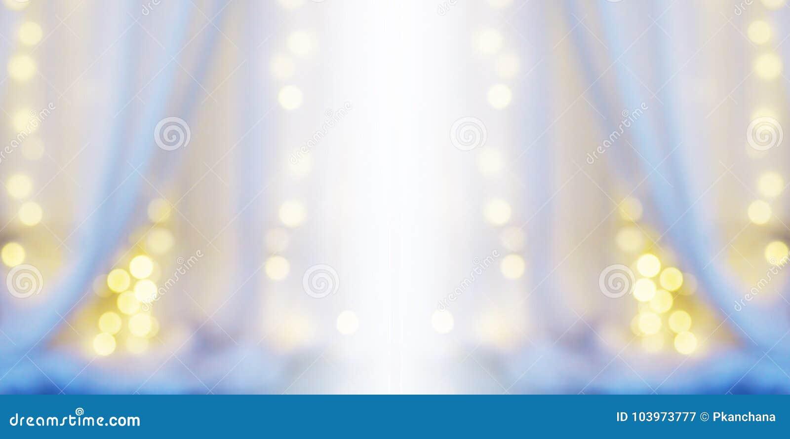 Abstrakt suddighetsbakgrund av den vita gardinen med bokeh för ljus kula