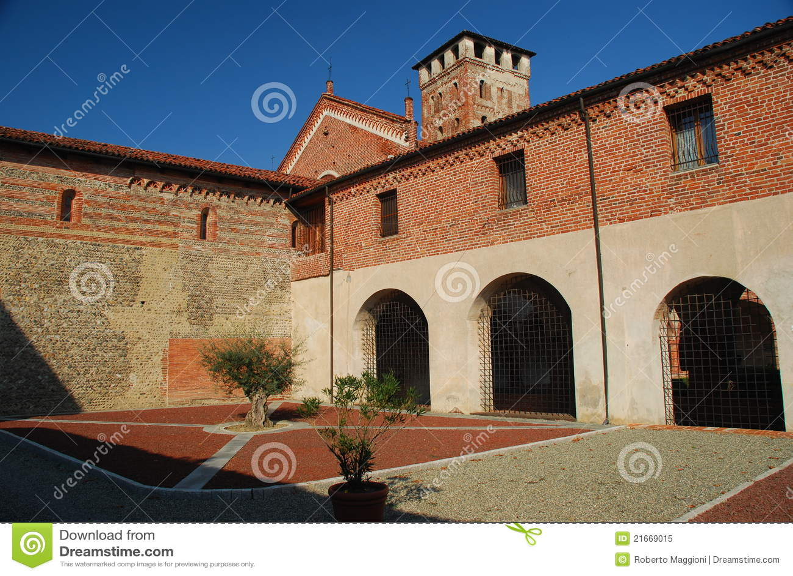 Abtei San-Nazzaro, Novara, Italien