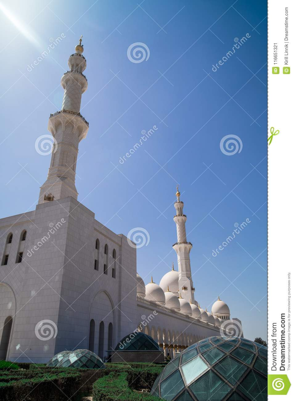 Download Abu Dhabi Sheikh Zayed Mosque Stock Image - Image of asia, blue: 116651321