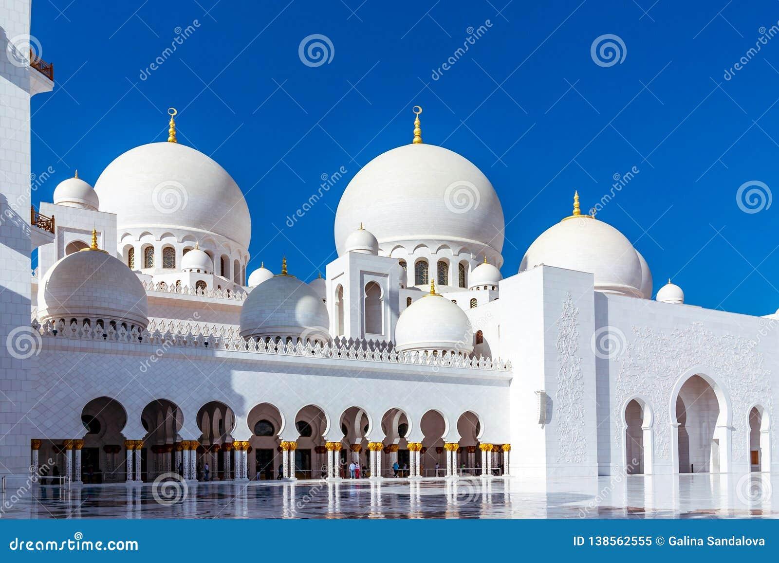 Abu Dhabi, United Arab Emirates - December 13, 2018: Famous Sheikh Zayed grand mosque in Abu Dhabi, United Arab Emirates
